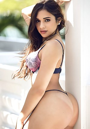 Big Booty Teen Porn Pictures